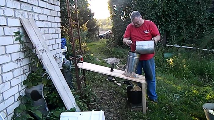 Как сделать дробилку фруктов с приводом от болгарки