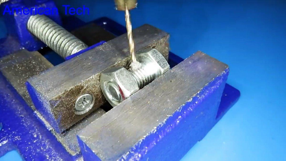 Как сделать высокооборотистый двигатель из болта и гайки