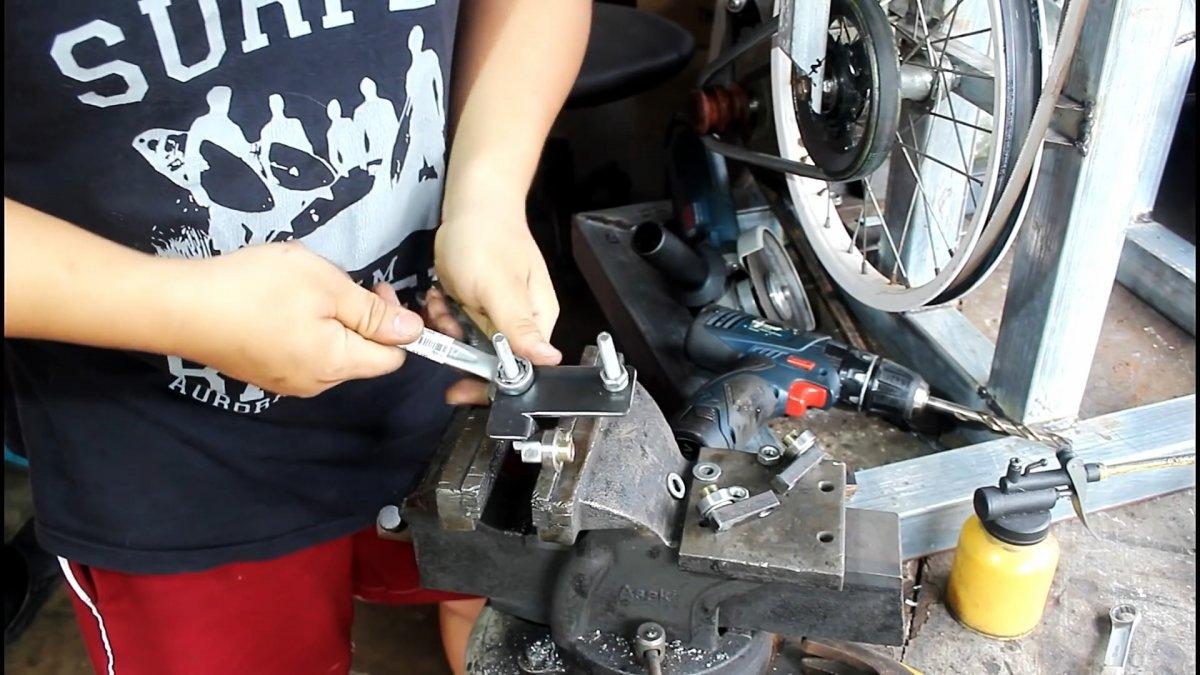 Как из велосипедных колес сделать ленточную пилу