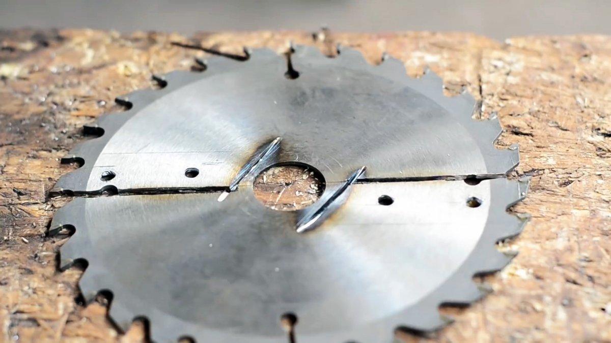 Как из пильного диска сделать надежный бур с накладными лезвиями