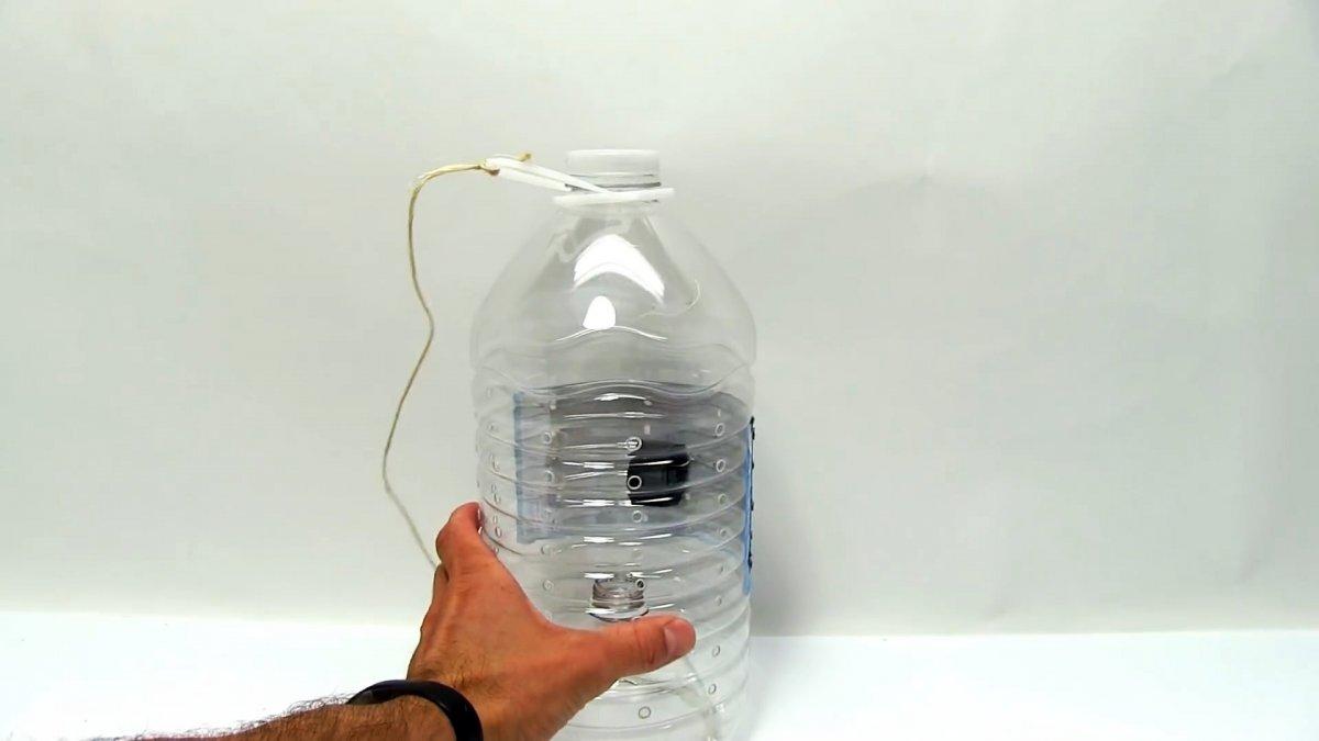 Как сделать уловистую ловушку для рыбы из ПЭТ бутыли