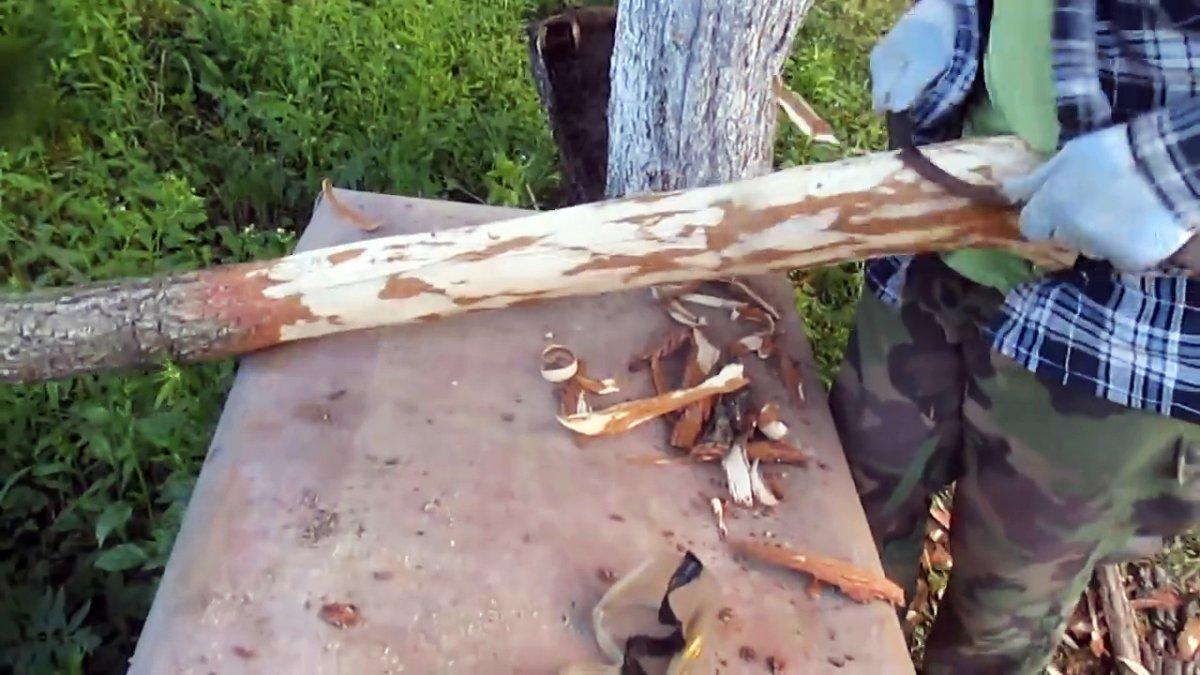 Гнить не будет: Как установить деревянные столбы в землю