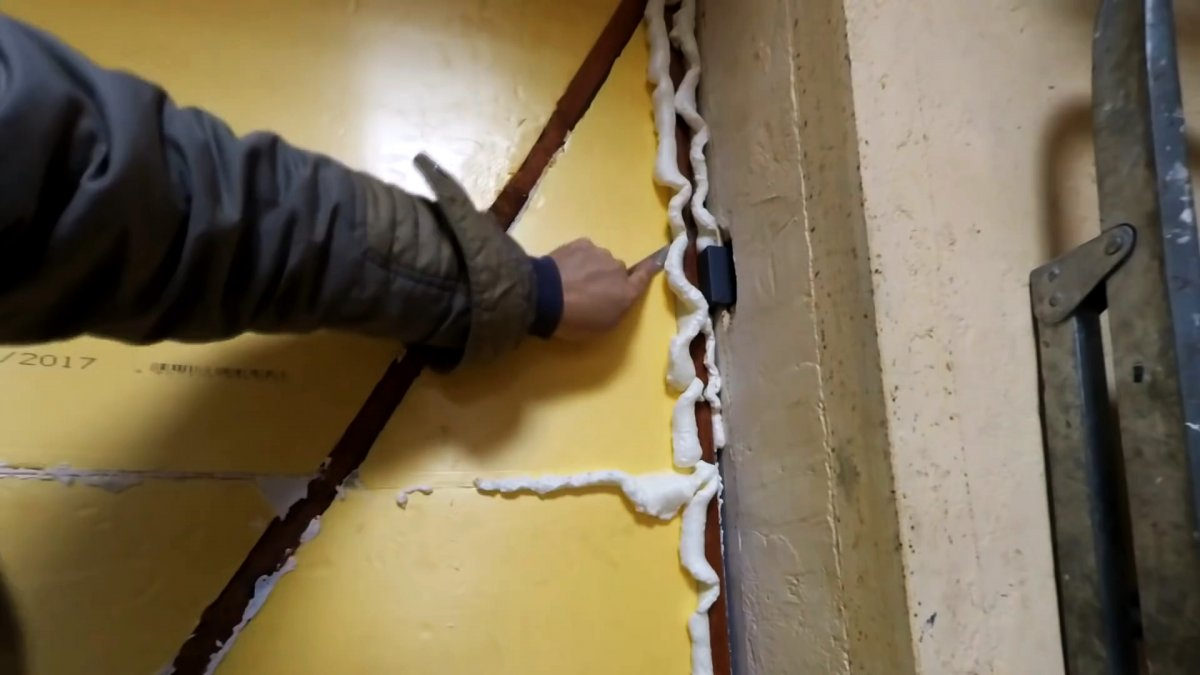Ворота теплее стен. Как грамотно утеплить металлические гаражные ворота