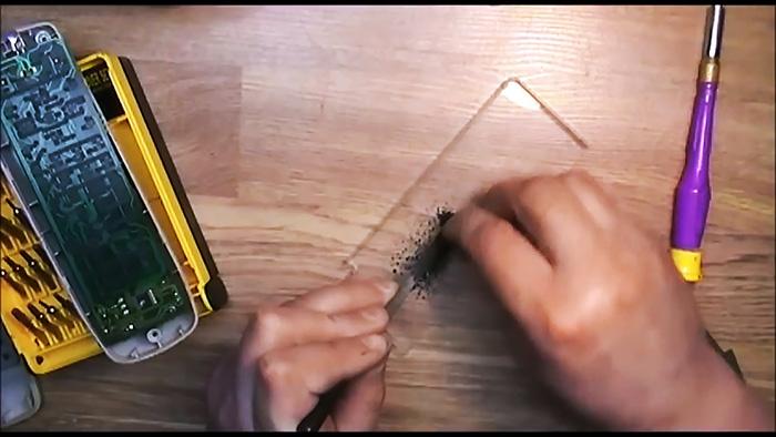 Как 100% отремонтировать пульт ДУ карандашом и клеем