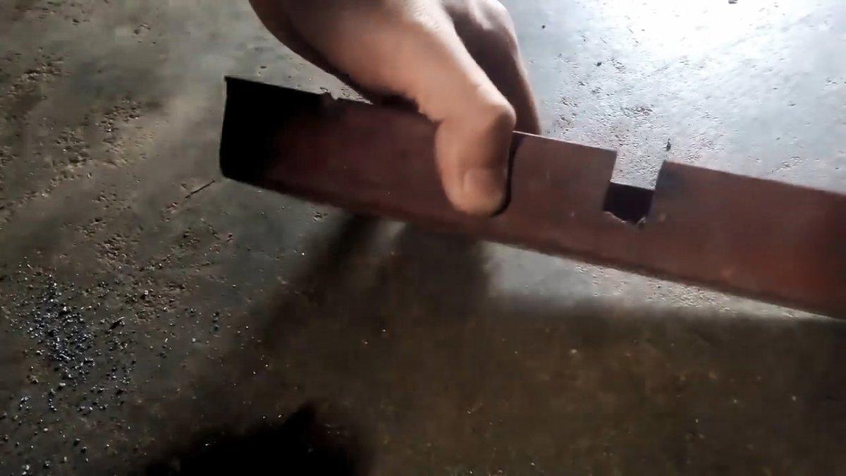 Как за 5 минут сделать простейший съемник для подшипника