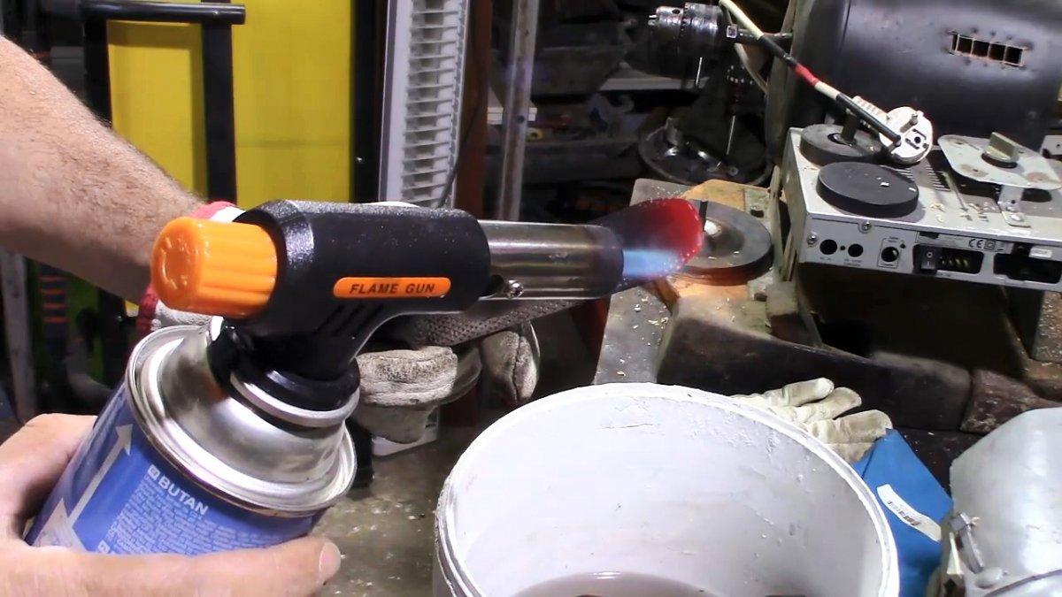 Как сделать резец для токарных работ по дереву из старого рашпиля
