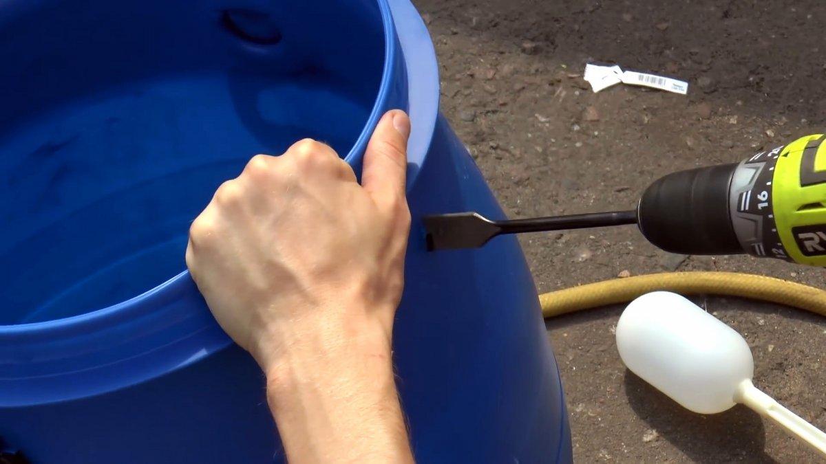 Как просто сделать чтобы садовая бочка автоматически наполнялась сама