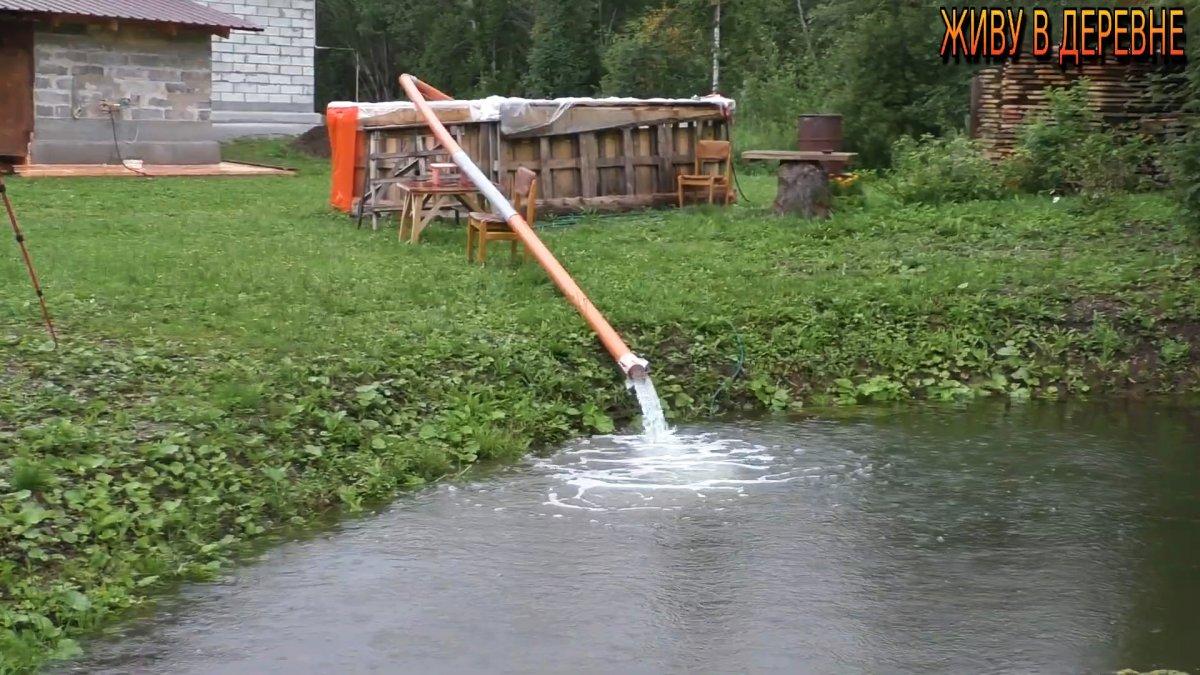 Как за считанные секунды откачать воду из бассейна без насоса