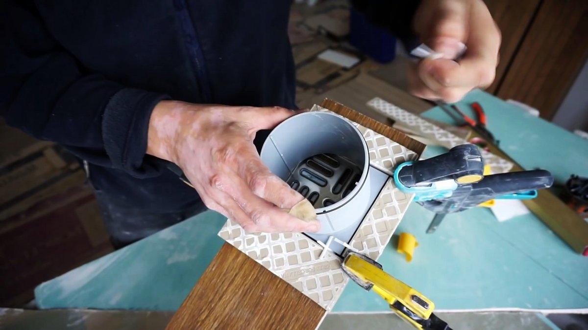 Как болгаркой сделать идеально ровное квадратное отверстие в плитке