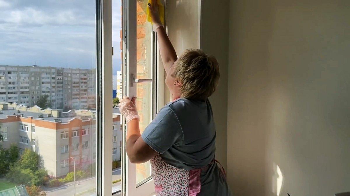 Как мыть окна и полы, чтобы они дольше оставались чистыми