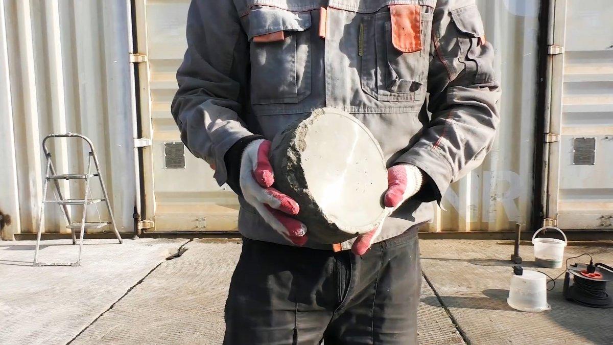 Сделаем и испытаем бетон с пластификатором и фиброй