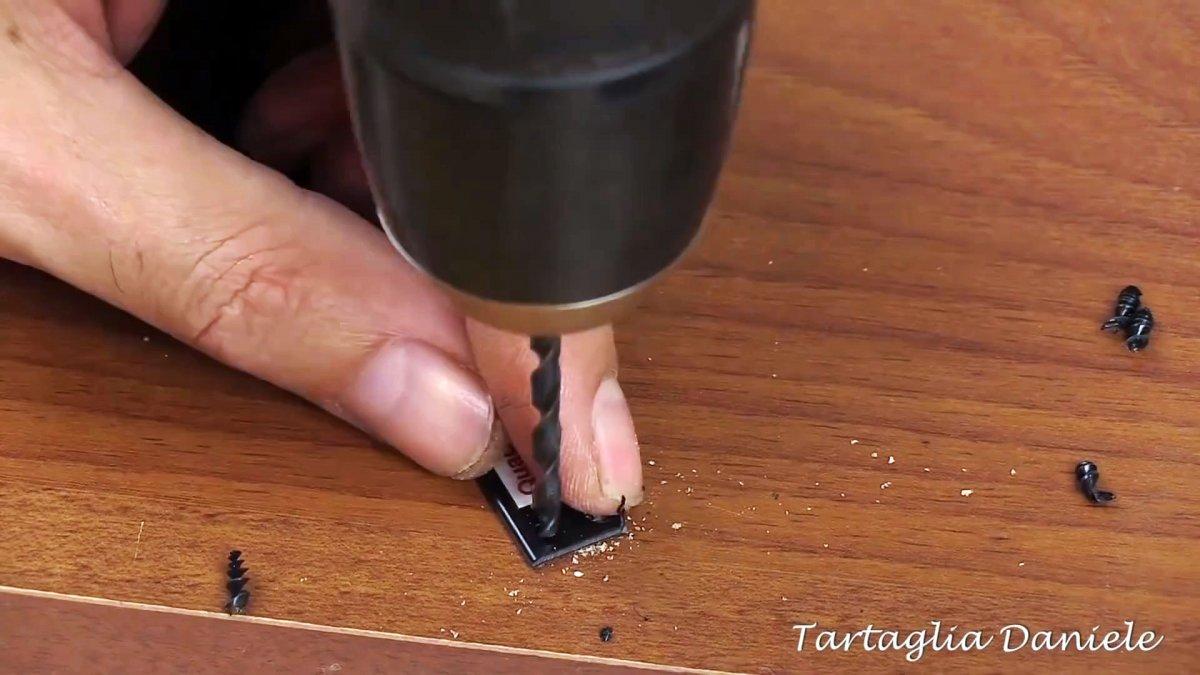 10 идей как с помощью кабельной стяжки аккуратно прокладывать и маркировать провода