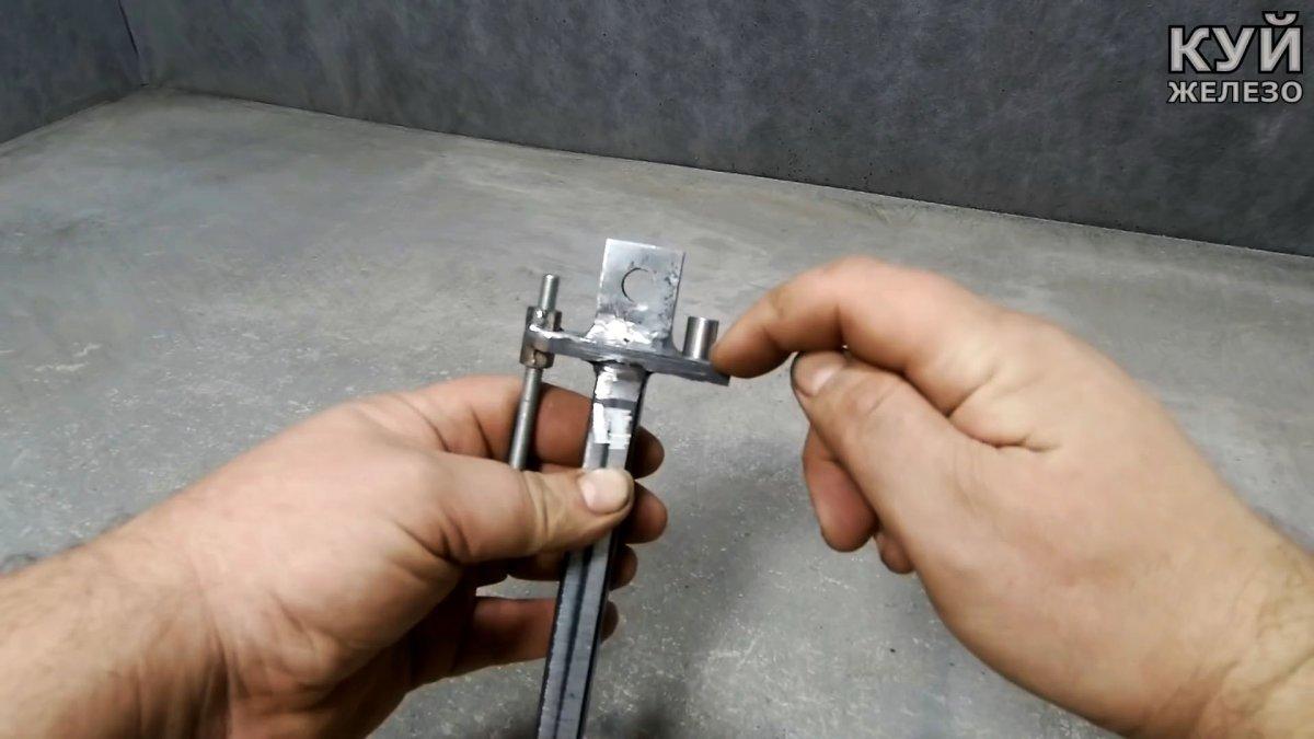 Электронапильник-гриндер из болгарки своими руками
