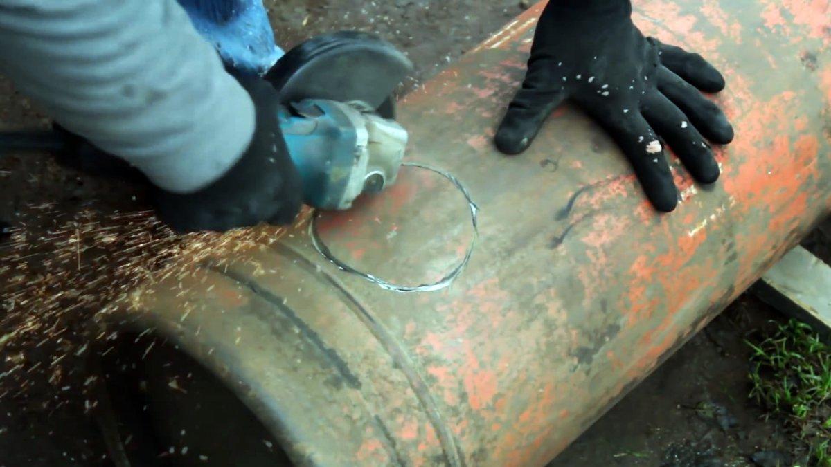 Как сделать несложную печь для гаража из газового баллона