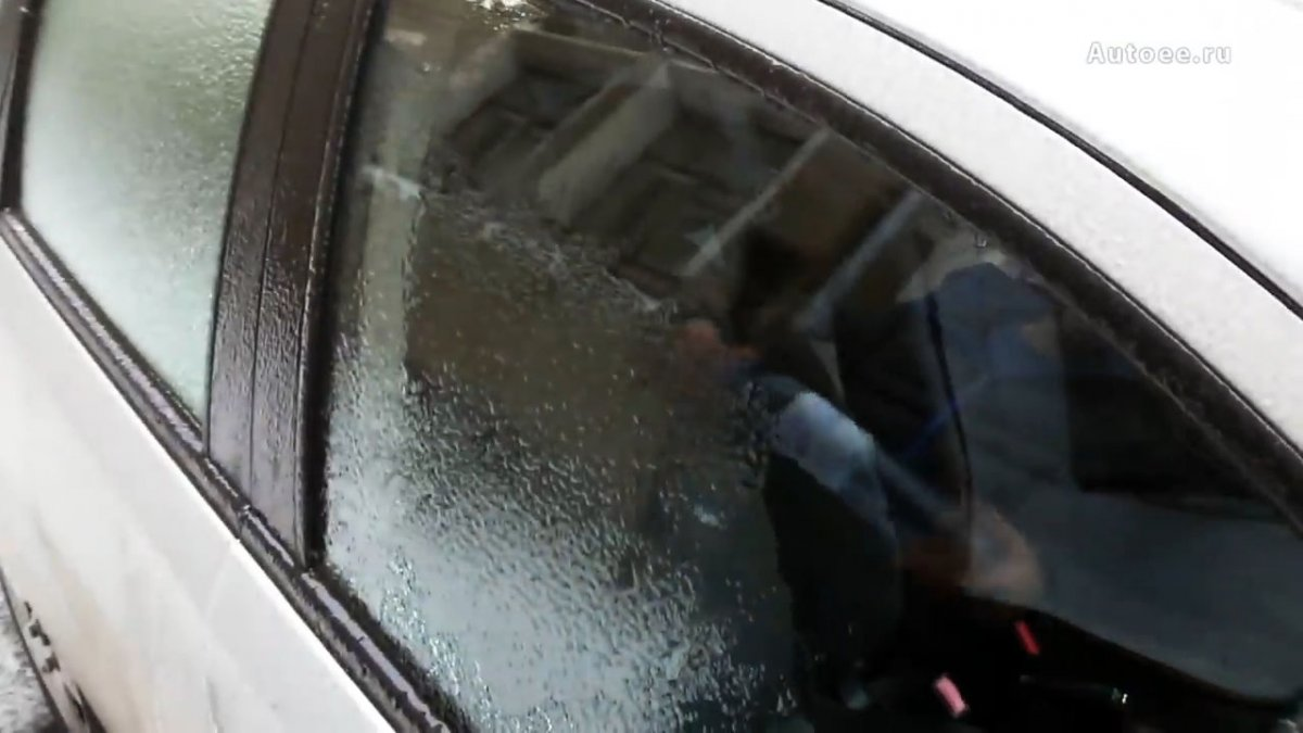 8 народных способов как удалить наледь со стекол автомобиля