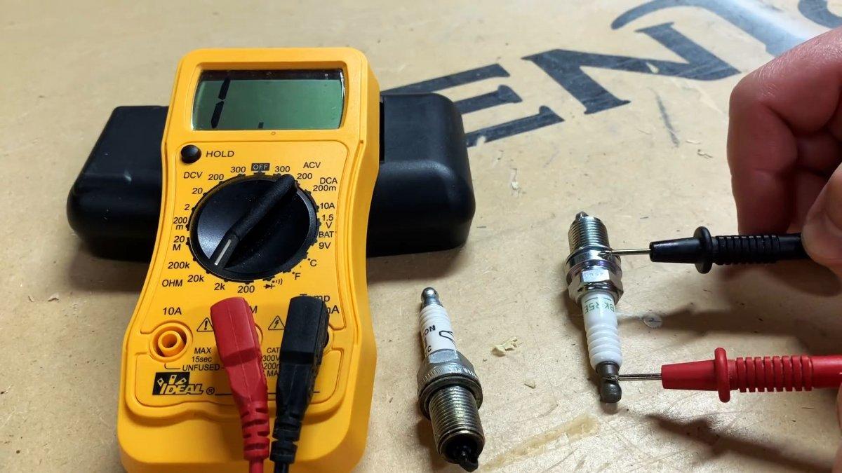 Как проверить свечи зажигания мультиметром