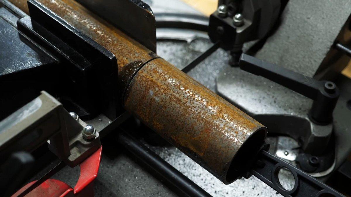 Как из старых амортизаторов сделать столярные тиски на верстак