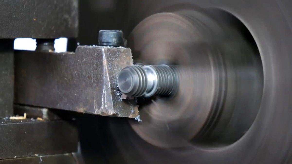 Как без сварки сделать простые тиски для сверлильного станка