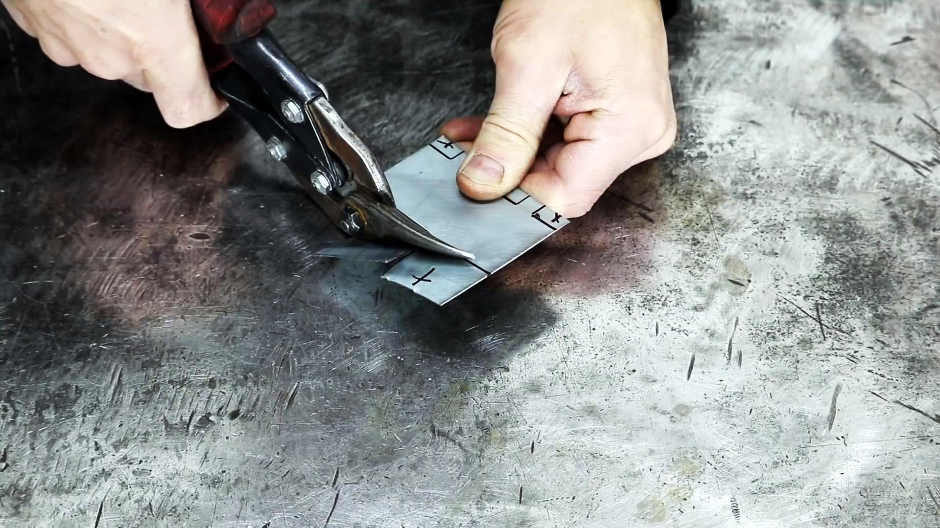 Как сделать прищепку на рулетку для точных угловых замеров