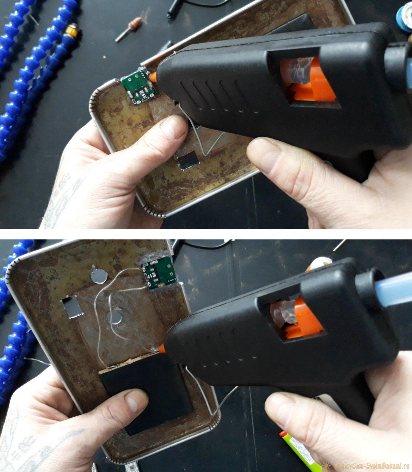 Как недорого собрать держатель третья рука с лупой, подсветкой и вентилятором