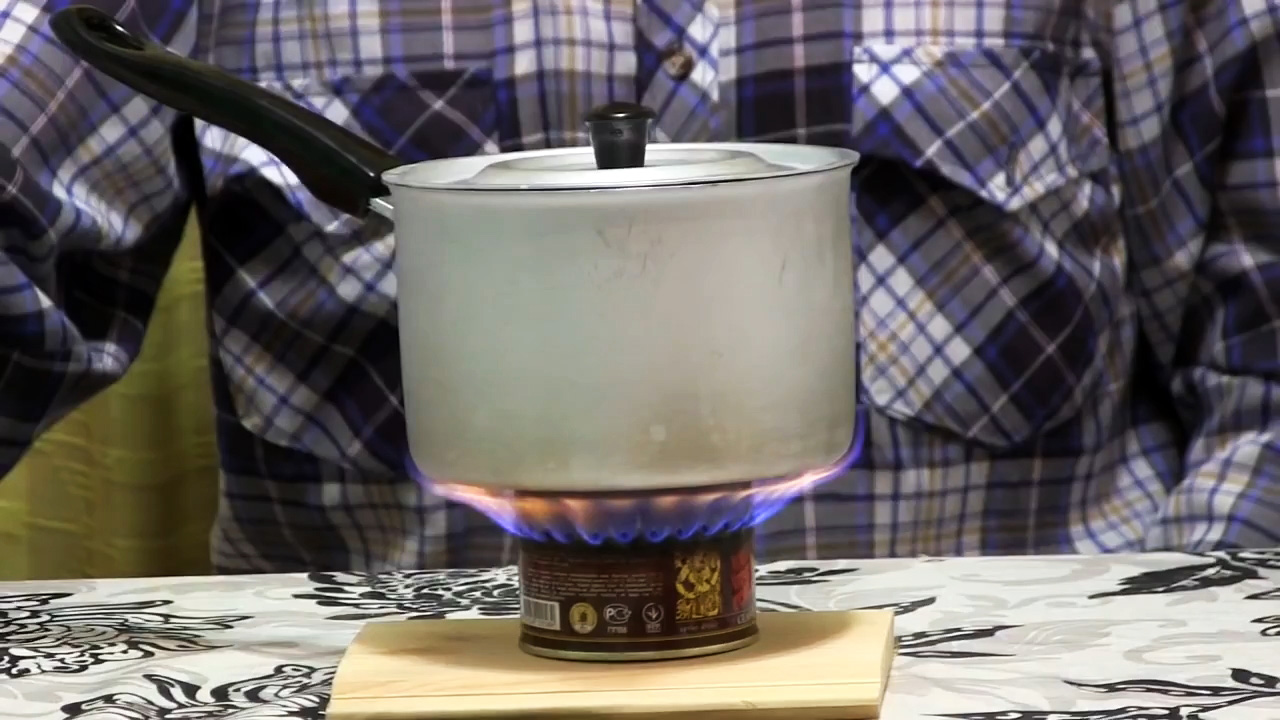 Как сделать спиртовую горелку из жестяной банки