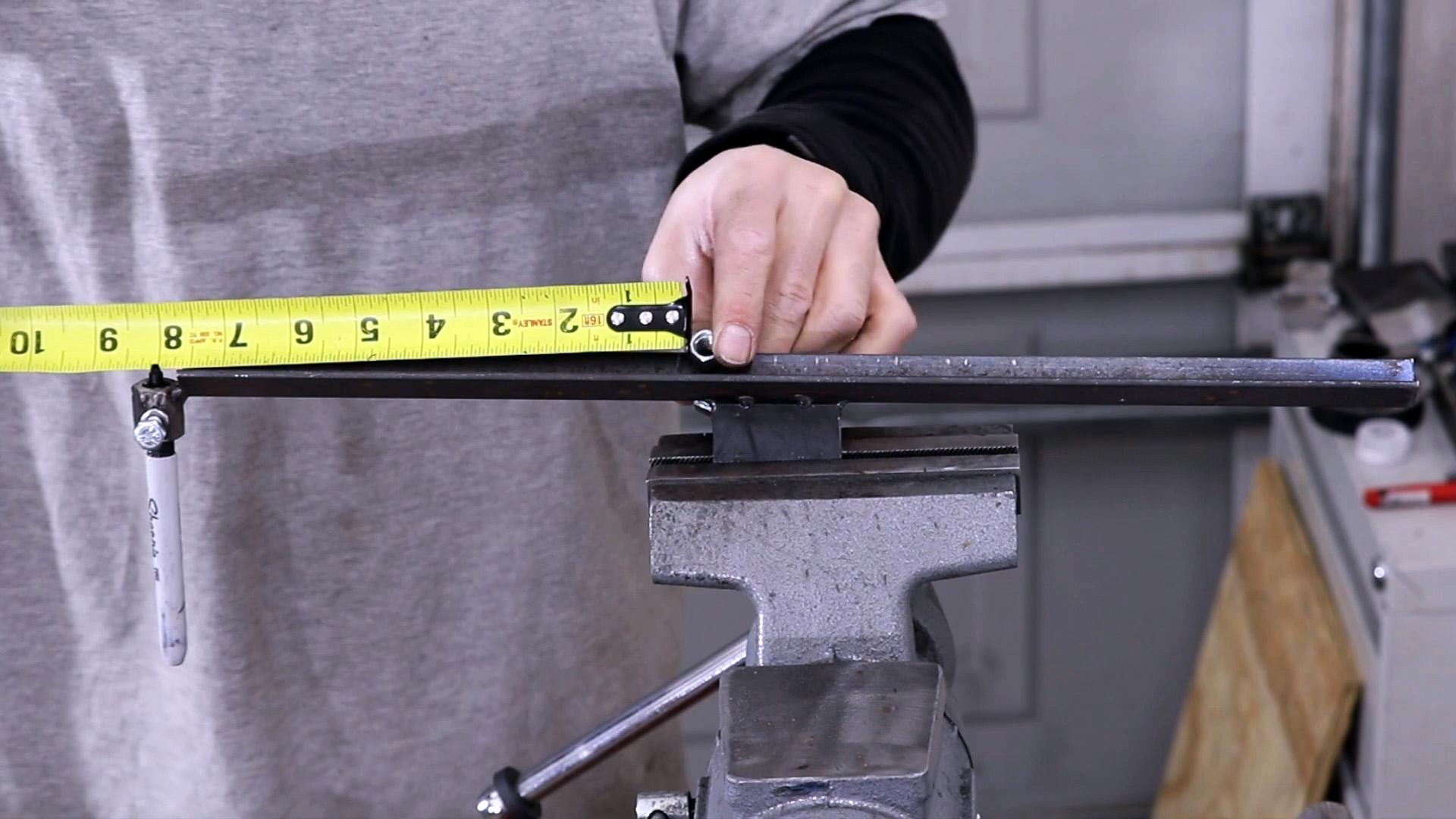Как сделать инструмент для разметки любых труб перед резкой