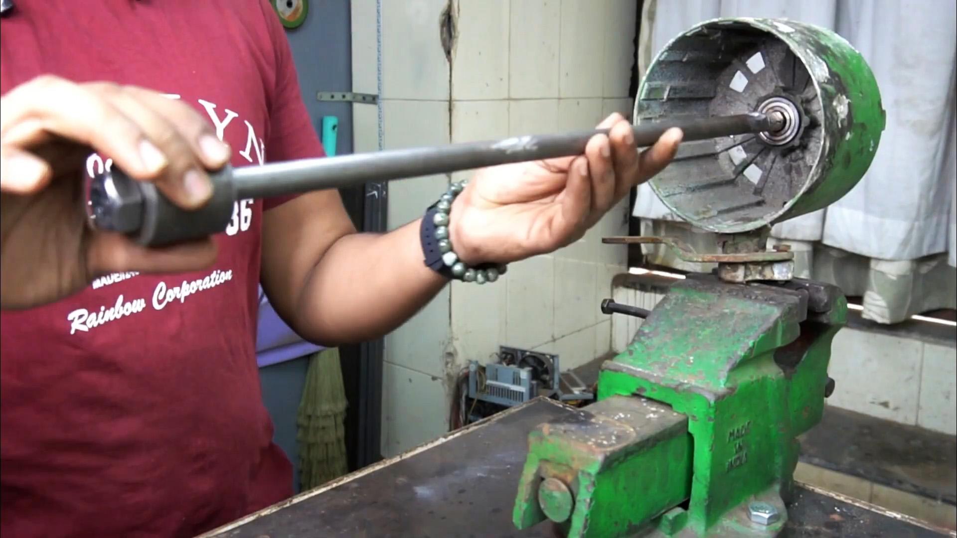 Как сделать съемник для «глухих» подшипников из анкера с обратным молотком