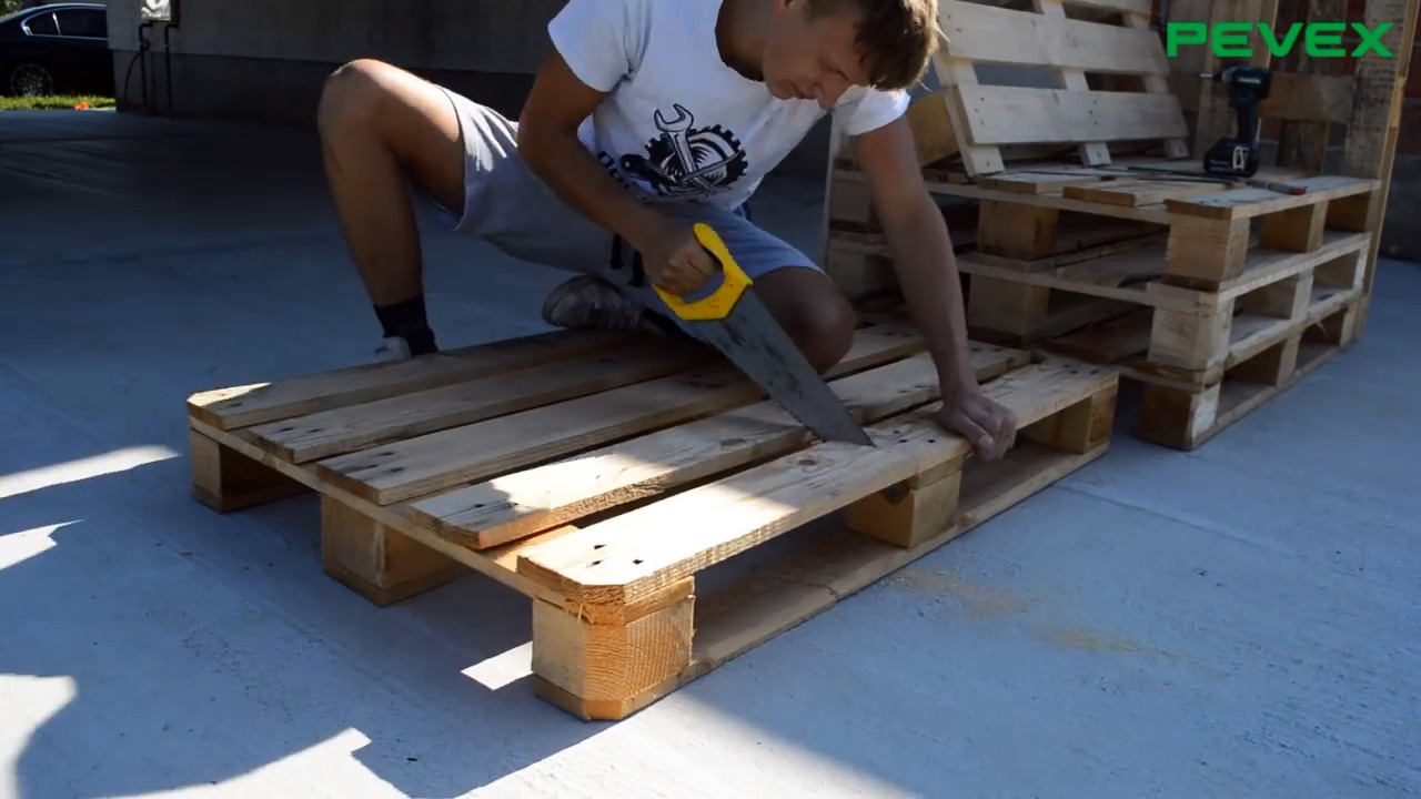 Как сделать садовую мебель из поддонов