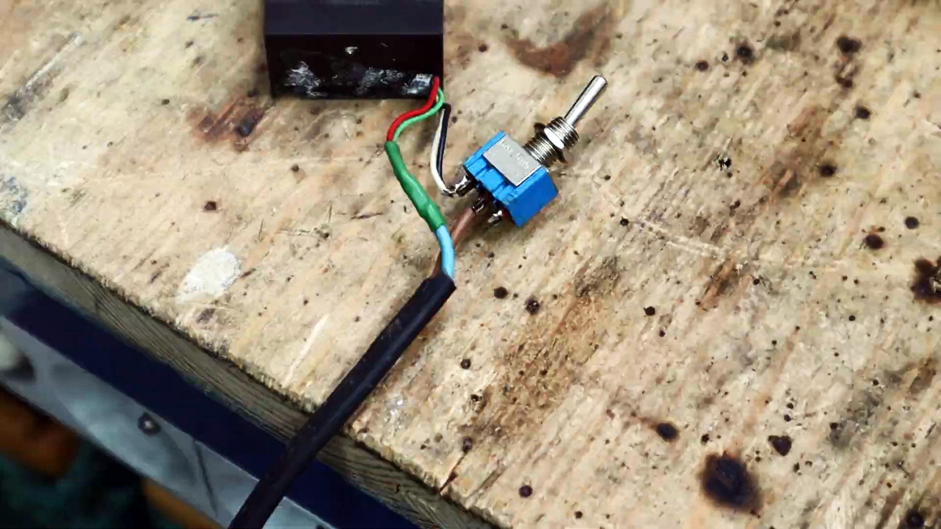Сила по щелчку кнопки: Электромагнитная масса для сварки своими руками