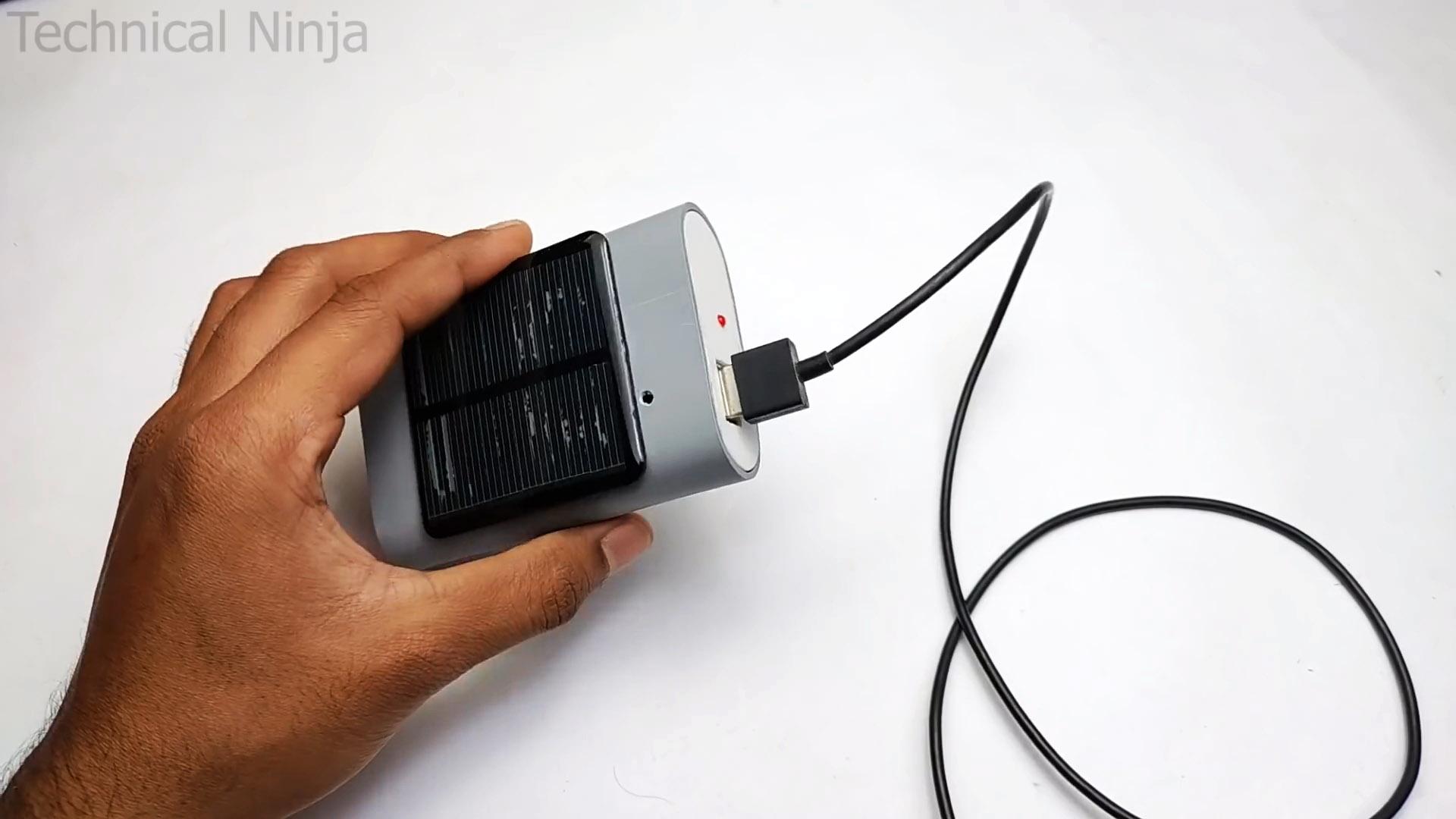 Как сделать Power bank с солнечной батареей