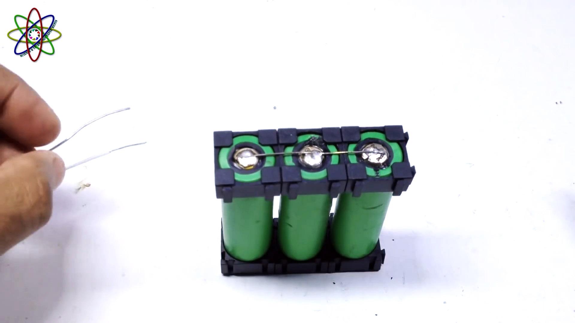 1 идея по использованию аккумуляторов от старых мобильных телефонов