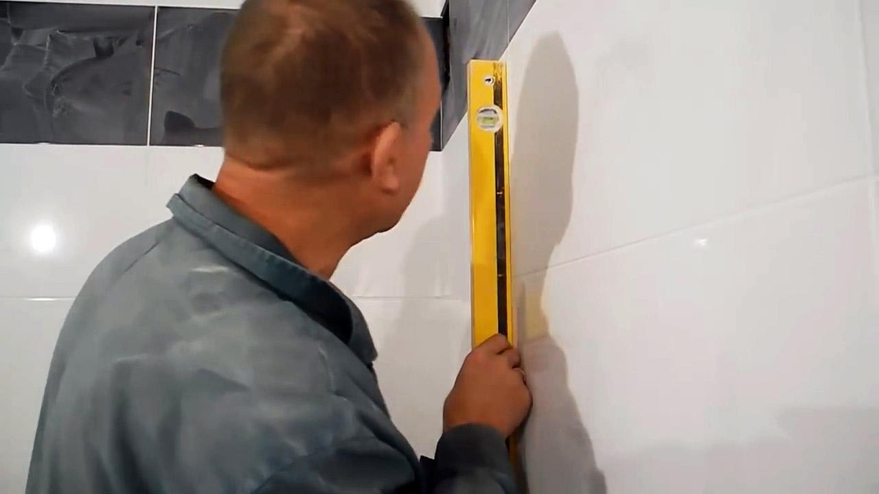 Как проверить строительный уровень не выходя из магазина