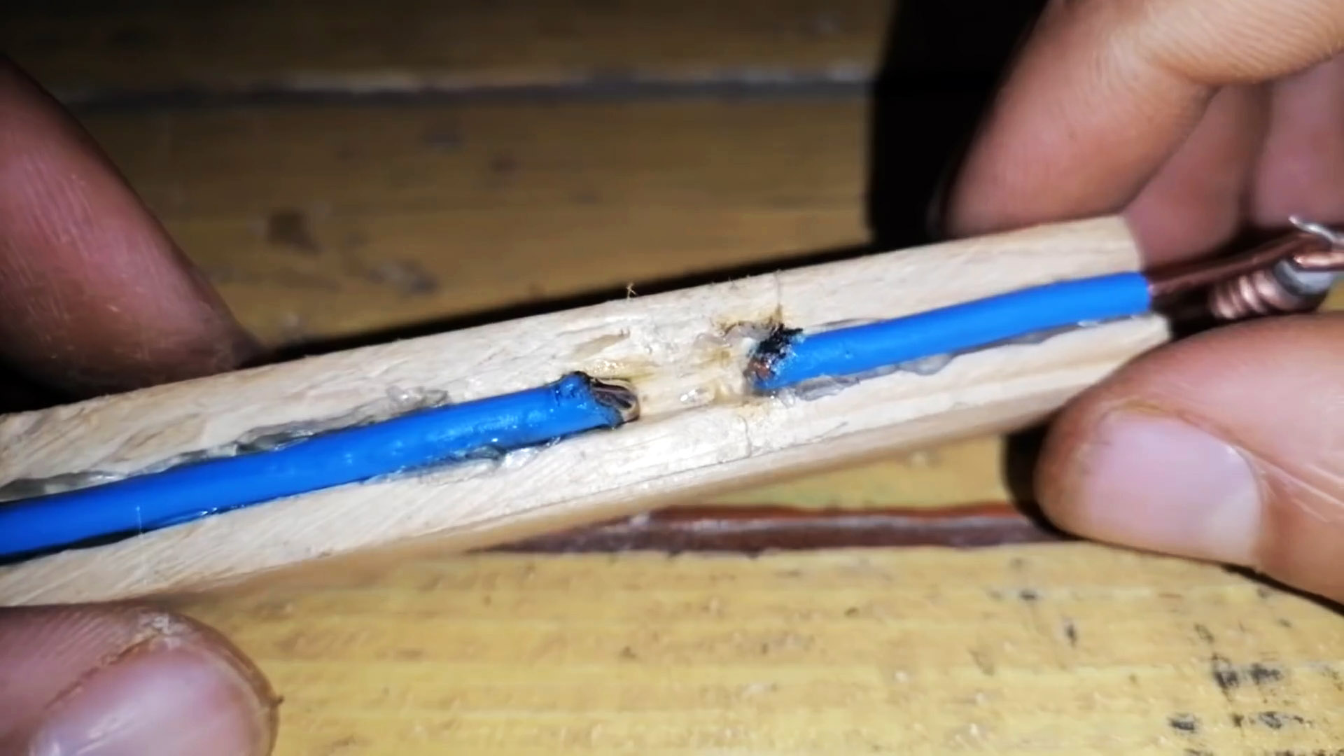 Как сделать мини паяльник из резистора