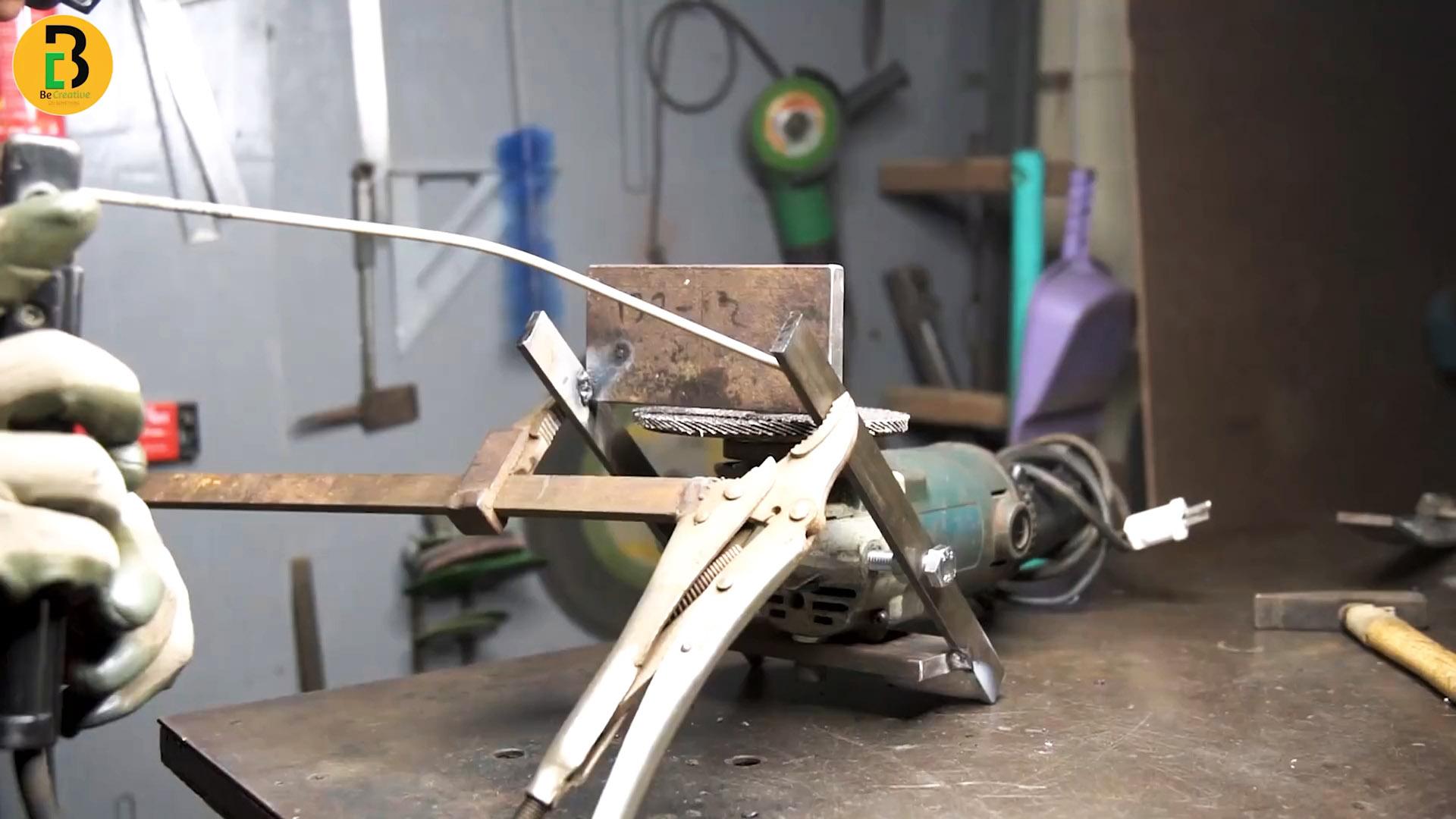 Навесной заточный станок из болгарки с опорным столиком