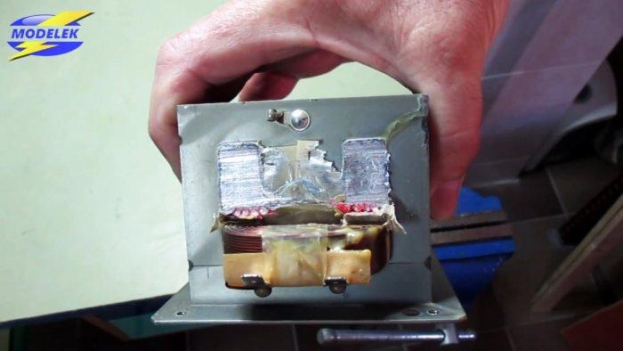Как из микроволновки сделать зарядник для автомобильного аккумулятора