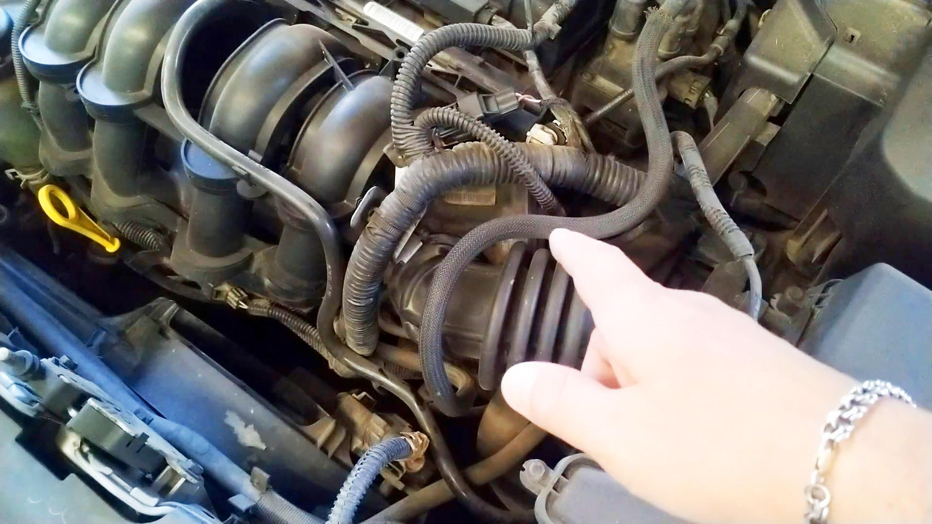 Двигатель плохо заводится? Плохая тяга, плавают обороты? Проверьте заслонку