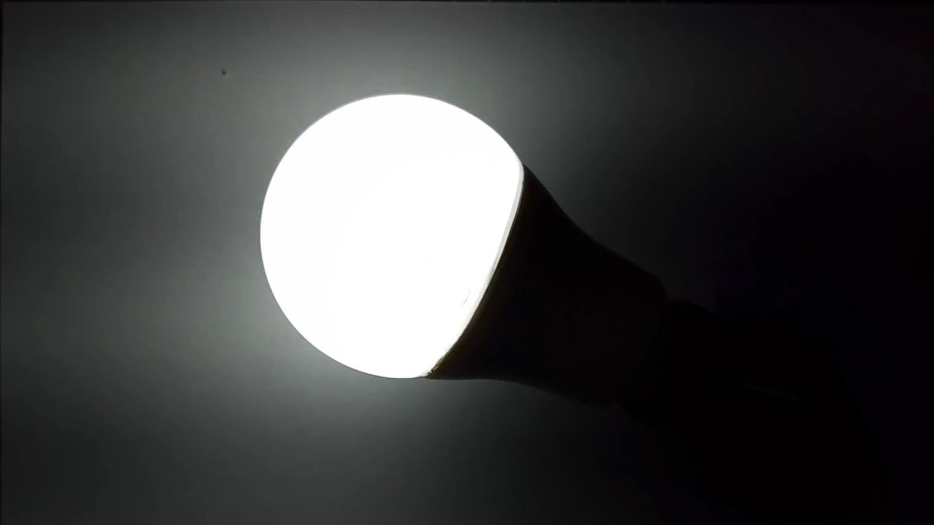 Как при помощи утюга заменить сгоревший светодиод LED лампы