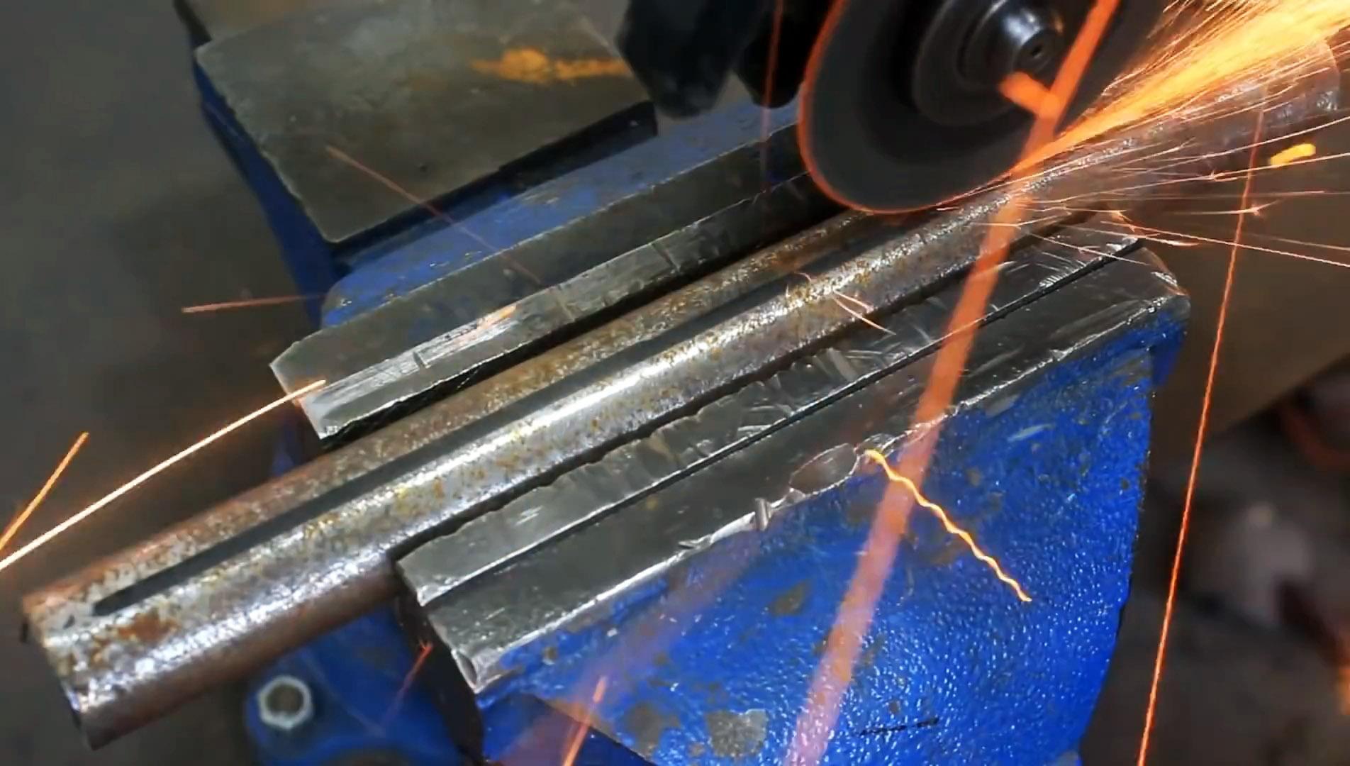 Как сделать приспособление для изготовления деревянных трубок с отверстием во всю длину