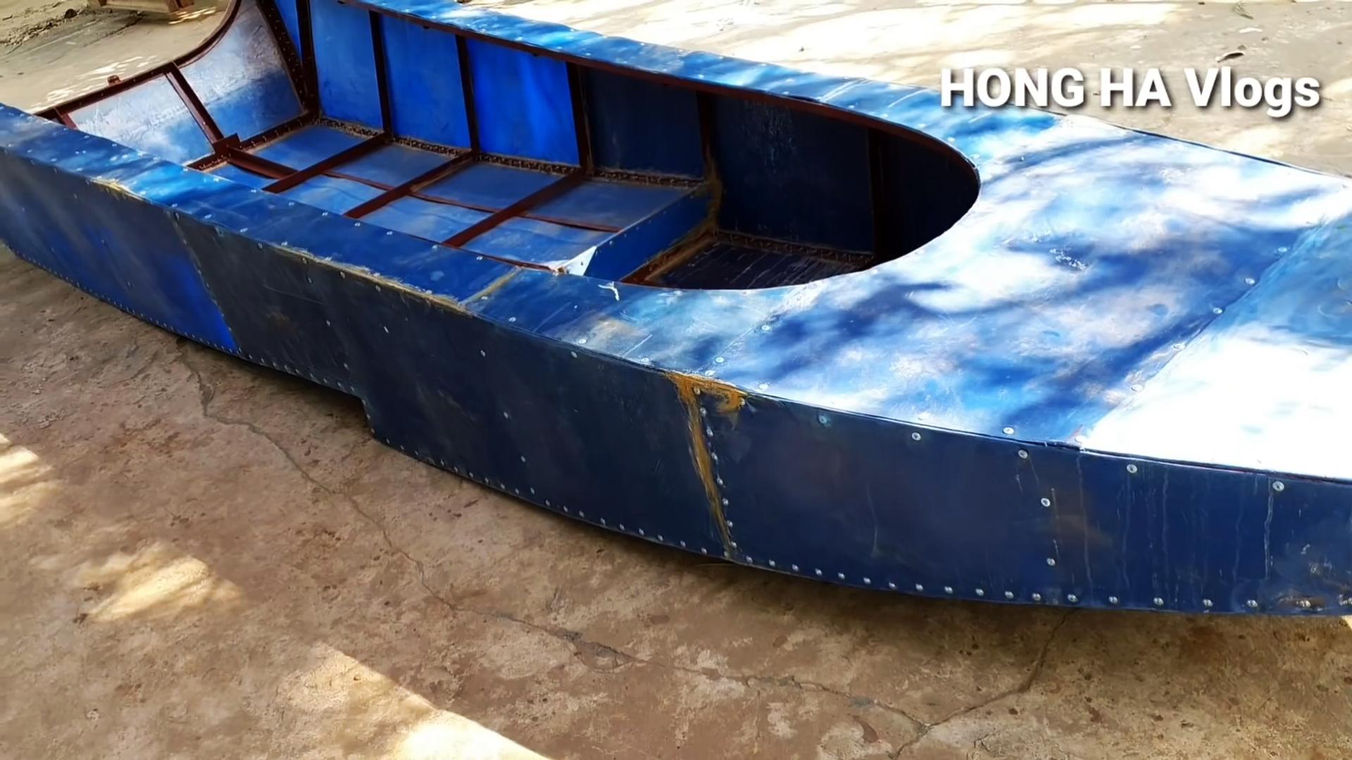 Как из пластиковых бочек сделать каркасную лодку