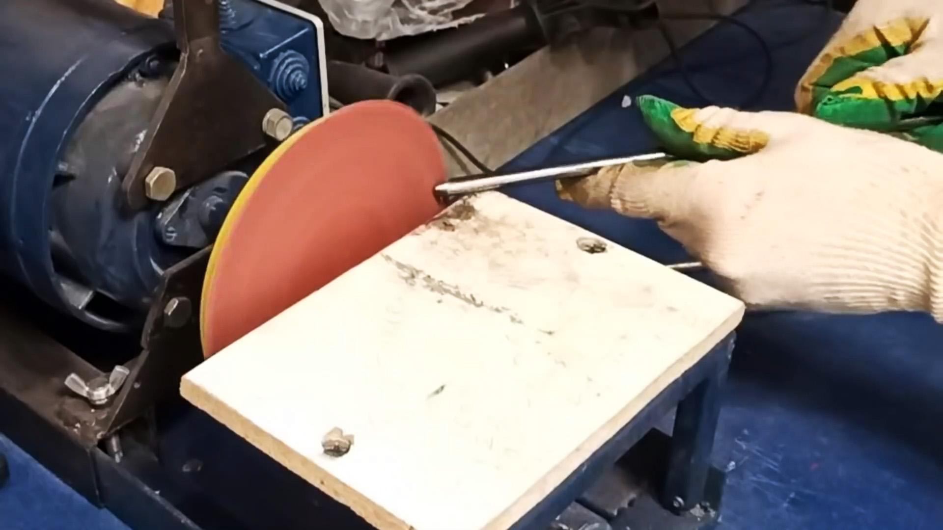 Как из решетки старого холодильника сделать легкий гриль