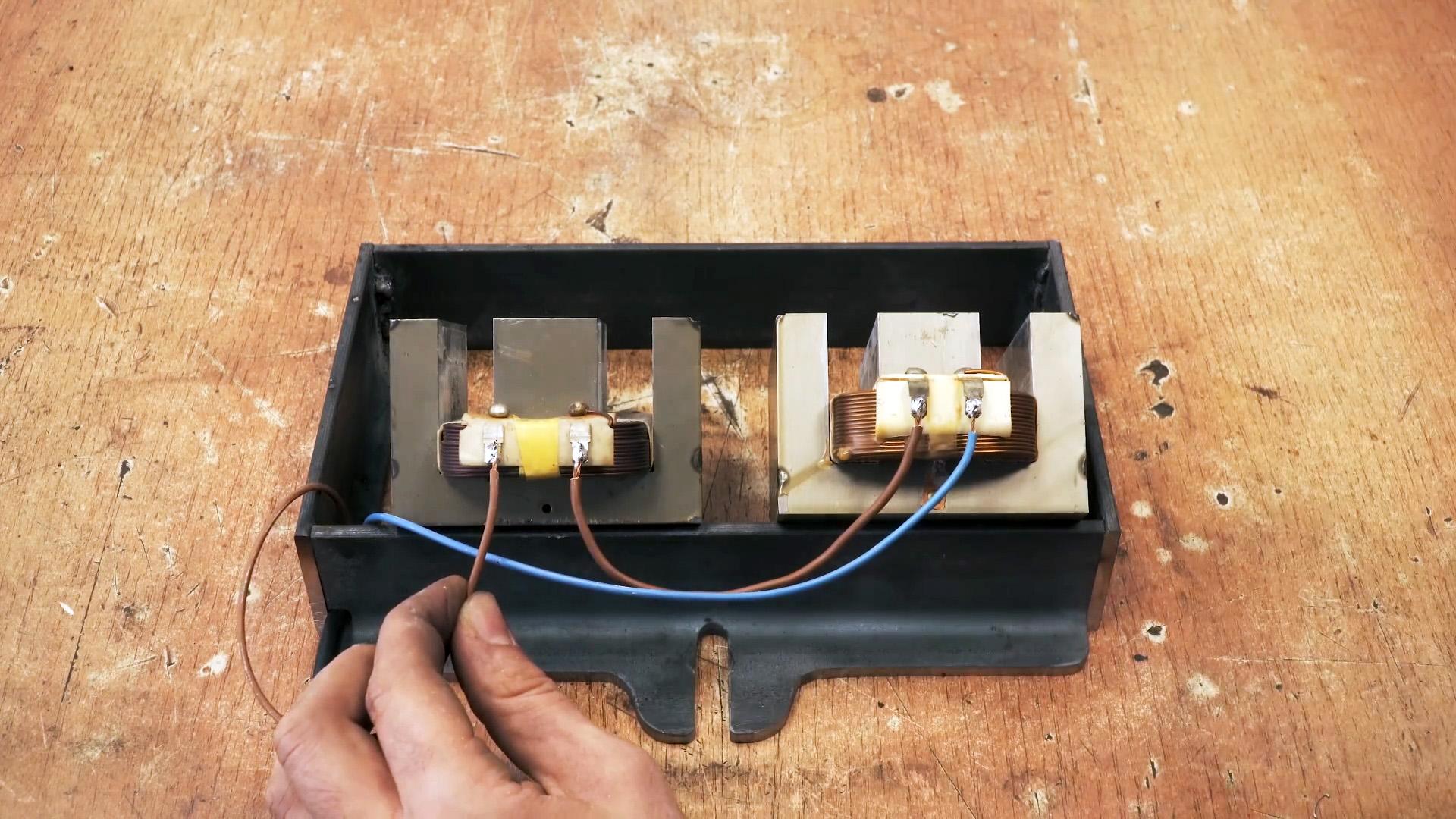 Как на основе трансформатора от старой микроволновки сделать тиски мгновенного действия
