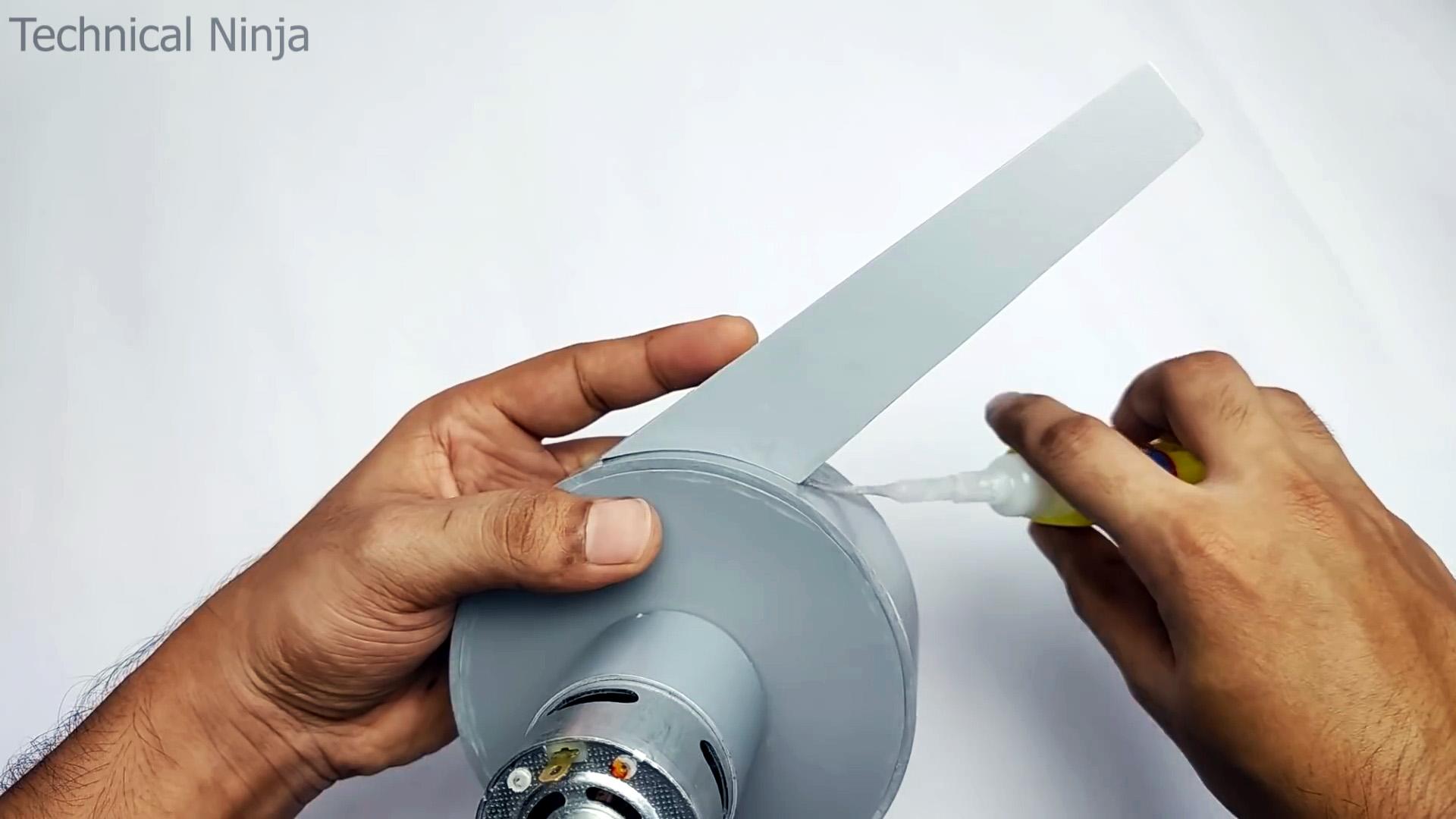 Мощная воздуходувка для уборки рабочего места своими руками