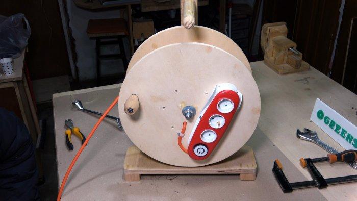 Как сделать катушку для провода из дерева своими руками