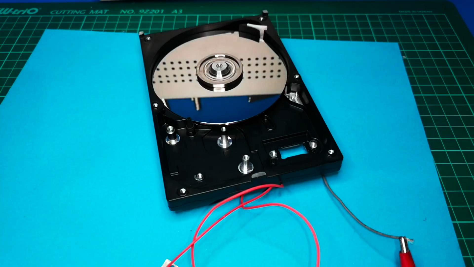 Как сделать простейший драйвер для двигателя старого HDD