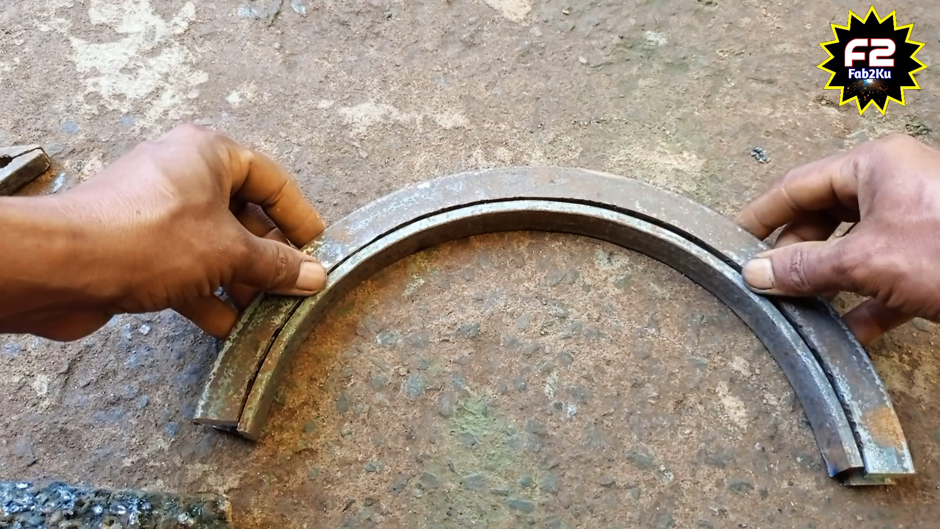 Как сделать приспособление для гибки стальной полосы в круг на ребро
