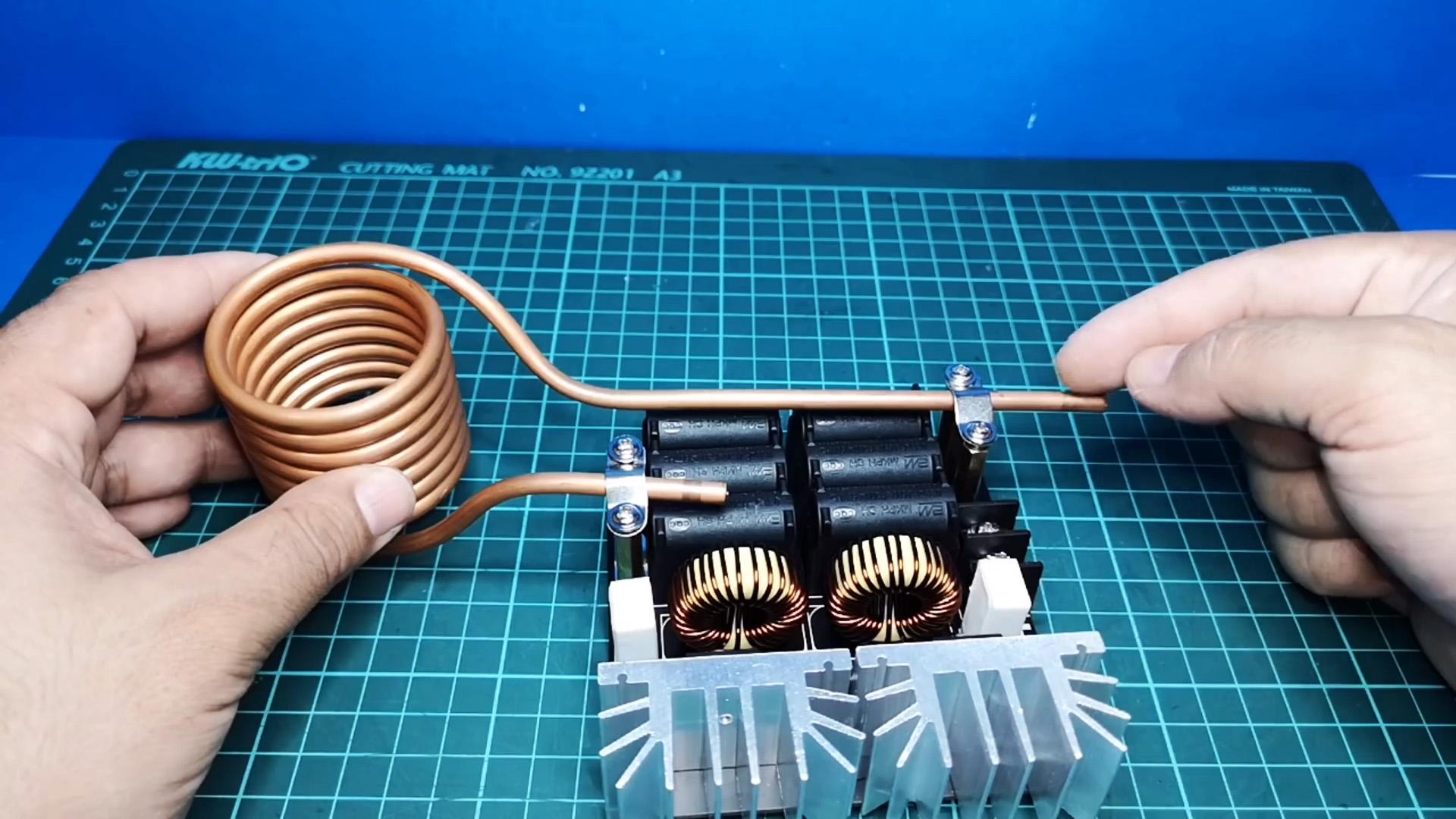 Индукционный нагреватель с АлиЭкспресс раскаляет плоскогубцы за пару минут