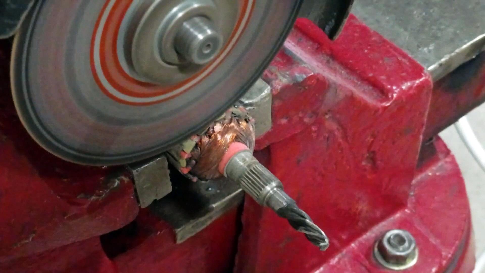 Как из якоря сгоревшего двигателя сделать полезную шлифовальную насадку