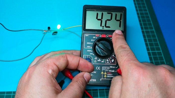 Схема зарядного устройства Liion аккумулятора с индикатором полного заряда
