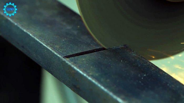 Приспособление для автономной сварки стыков профильных труб
