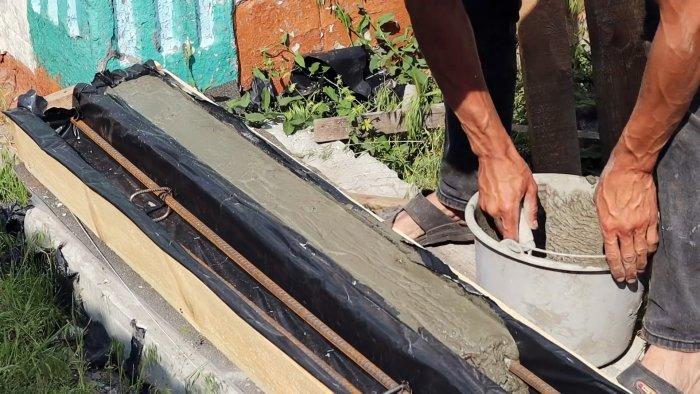 Простая технология изготовления ровных аккуратных бетонных столбиков в домашних условиях